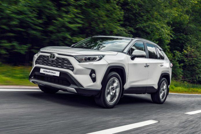 На Прикарпатті продажі нових авто у квітні впали на 46%