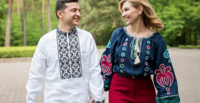 «Відкрив портал у пекло»: бренд вишиванок збурив соцмережі фото Зеленського з дружиною