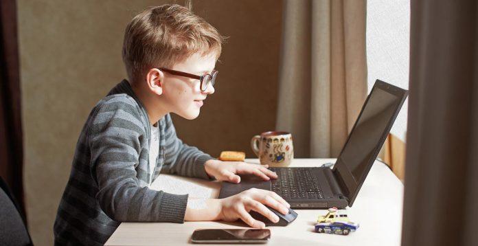 Як коломийські школярі вчаться онлайн: відео