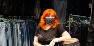 Як у час карантину працює центральний речовий ринок у Івано-Франківську