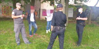 У Франківську упіймали юного гопника-вандала, який обписував стіни