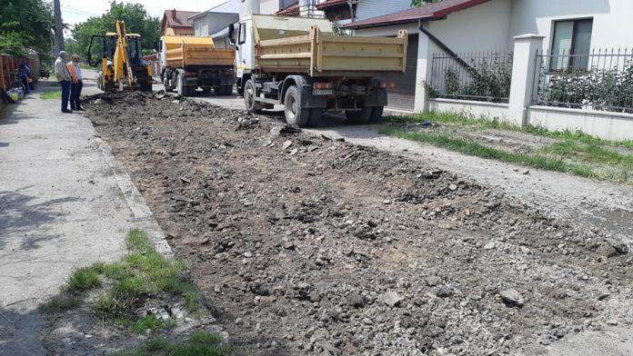 В районі вулиці Бандери розпочався ремонт ще однієї вулички