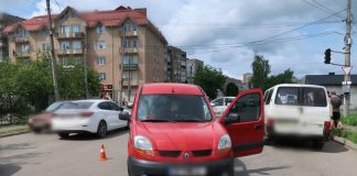 На Прикарпатті водій іномарки наїхав на двох дітей, від отриманих травм 8-річна дівчинка померла у лікарні