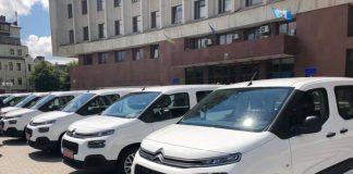 Дві амбулаторії Івано-Франківської ОТГ отримали автомобілі