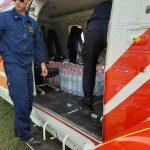 У село Дубівці на гелікоптері відправили більше тонни питної води: фотофакт