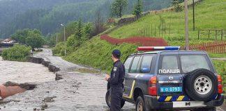 Через сильні опади на Франківщині у 15 районах підтоплено 165 населених пунктів - вода зайшла у майже 5000 будинків