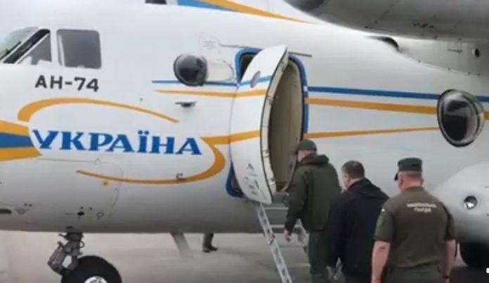 Денис Шмигаль та Арсен Аваков летять на Прикарпаття, щоб подивитися на руйнування стихією
