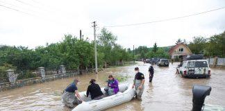 Галицький, Рогатинський, Долинський райони та Болехівська МР: люди сидять без газу та у підтоплених будинках