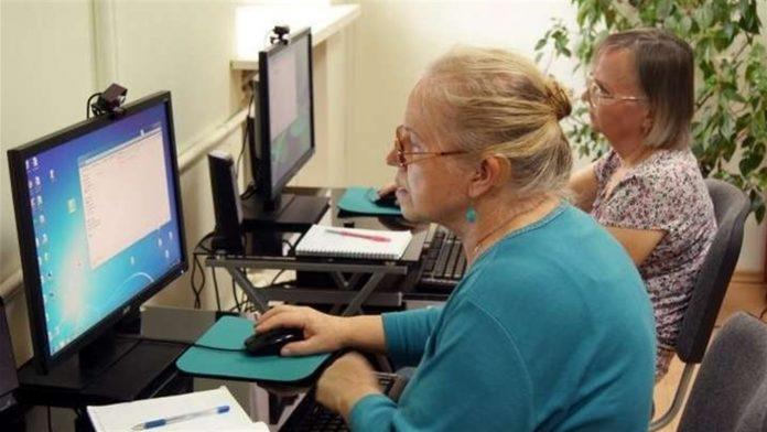 Пенсійний вік підвищать з 2021 року: коли прикарпатці зможуть вийти на пенсію