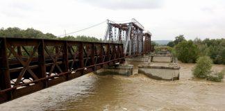 На Прикарпатті деякі гірські річки за минулу добу піднялися на 1 метр