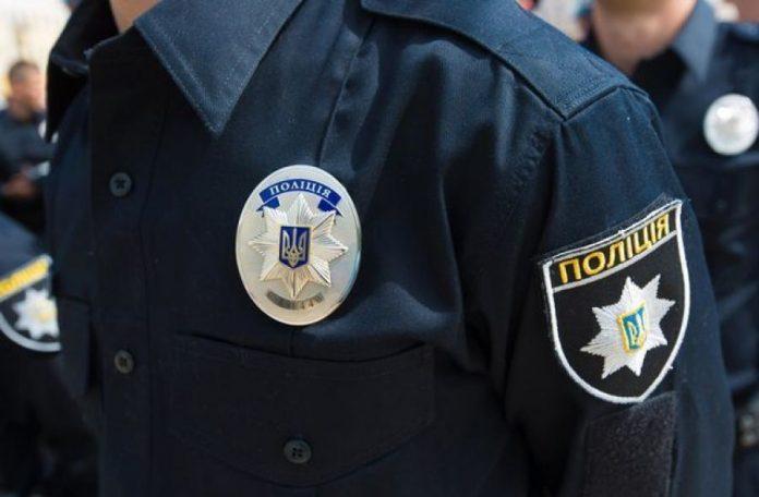 Двох полісменів, які били та погрожували неповнолітнім у міськвідділку поліції звільнено, ще трьох – притягнули до відповідальності