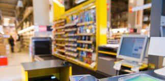 До уваги прикарпатців: Відтепер з картки Приватбанку можна зняти готівку через каси магазинів
