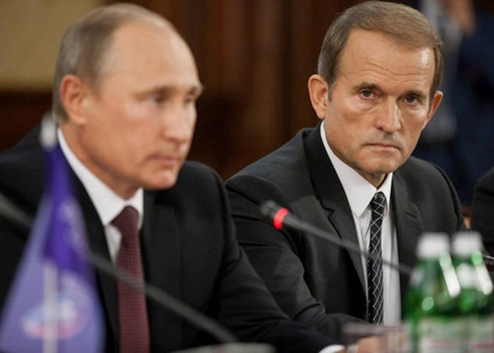 СХЕМИ: Майже половина акцій Прикарпаттяобленерго належить Медведчуку