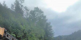 Верховина та Ворохта майже повністю відрізані від світу - наразі під'їзд є тільки зі сторони Яблуницького перевалу