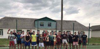 10 кращих боксерів Брошнів-Осадської ДЮСШ отримали спортивну форму