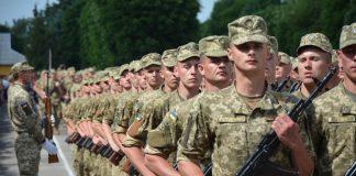 На Прикарпатті планують призвати на службу до армії пів тисячі юнаків