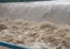 Стихія перетворила дамбу у Рожнятівському районі на бурхливий водоспад: відео з висоти