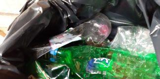 У Болехові люди починають сортувати сміття