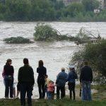 У мережі нагадали, як виглядало Прикарпаття під час масштабної повені у 2008 році ФОТО