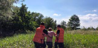 У річці на Прикарпатті ледь не втопився чоловік, рятувальники знайшли його в напівпритомному стані