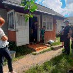 На Прикарпатті мати через оковиту занедбала чотирьох дітей ФОТО