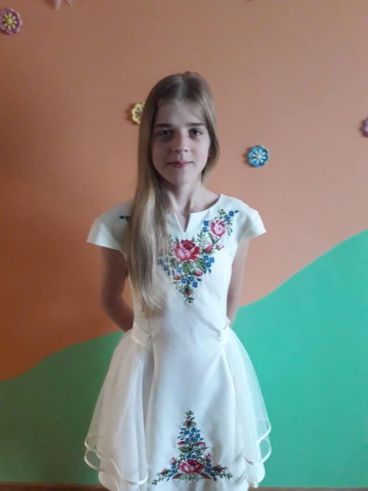 Прикарпатців просять допомогти важкохворій дівчинці