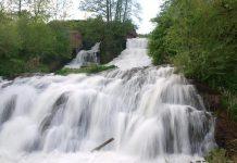 Сріблясті водоспади, химерна скеля та інші цікаві пам'ятки, якими Косівщина приваблює туристів ФОТО