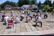 Недільна сесія: мешканці Дзвиняцької ОТГ протестують проти приєднання до Надвірнянського району