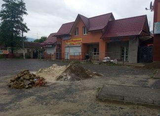 Невигідний бізнес або чергова оптимізація: чому курортне Яремче залишилось без автостанції ФОТО