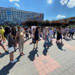 «Законопроєкт не захищає, а знищує професію»: у Франківську протестували ріелтори ФОТОРЕПОРТАЖ