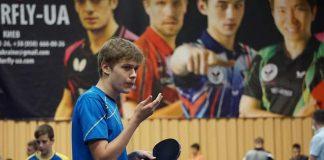 Юний тенісист із Прикарпаття став абсолютним чемпіоном України