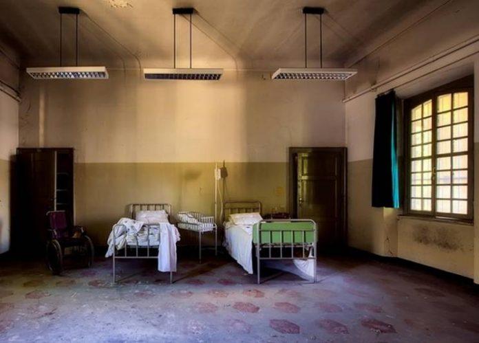 Прикарпатець 2 роки жив у психлікарні, чекаючи на опікуна, який його покинув