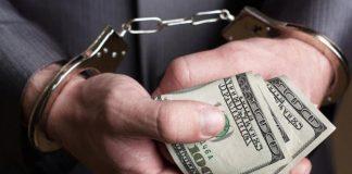 На Прикарпатті до відповідальності притягнули понад 84 депутатів-корупціонерів