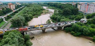 Івано-Франківськ очікує на державні кошти, щоб відремонтувати старий міст на Пасічну
