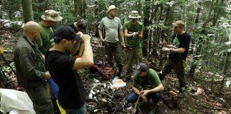 У горах на Прикарпатті натрапили на унікальну знахідку - залишки німецького літака часів війни ФОТО, ВІДЕО