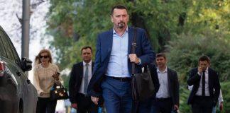 У Зе-депутата помітили брендовий годинник за півмільйона гривень. Фото