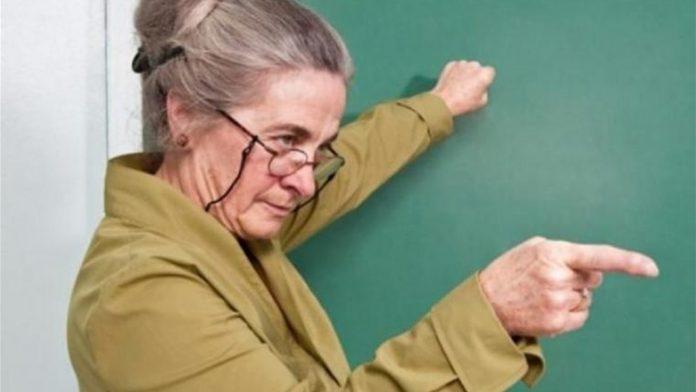 З 1 липня для франківських вчителів-пенсіонерів змінилися умови працевлаштування