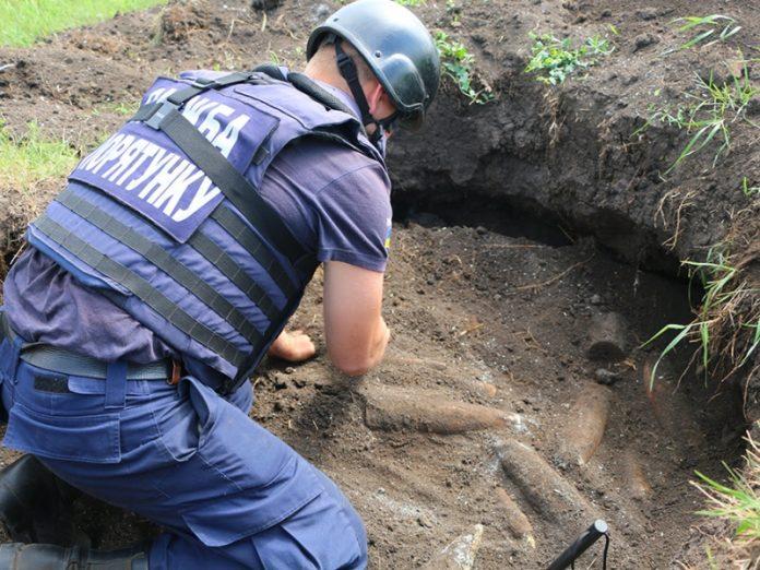 Минулої доби на Прикарпатті знешкодили 28 вибухонебезпечних предметів