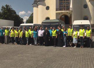 На Коломийщину прибули автомобілі з гуманітарною допомогою ВІДЕО