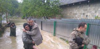 Постраждалі від стихії прикарпатці отримають допомогу від представників місії ООН