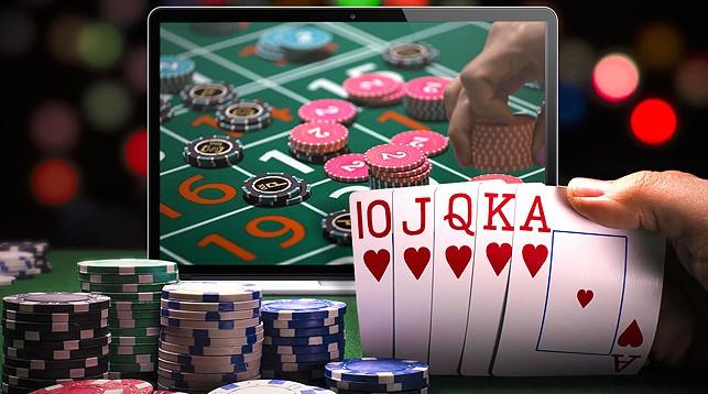 Реальные игры в казино девушки играют в карты на раздевание смотреть