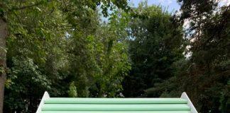 У франківському парку встановили будиночок для буккросингу ФОТО