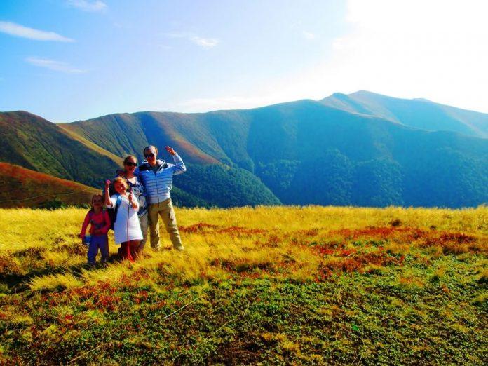 Куди поїхати на відпочинок в Карпати із дітьми