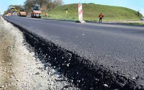 У 2020 на ремонт прикарпатських доріг вже потратили понад три мільярди