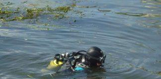 Рятувальники шукають у Дністрі тіло потопельника