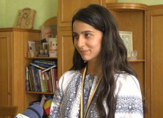 Коломиянка отримала на ЗНО з біології максимальний результат ВІДЕО