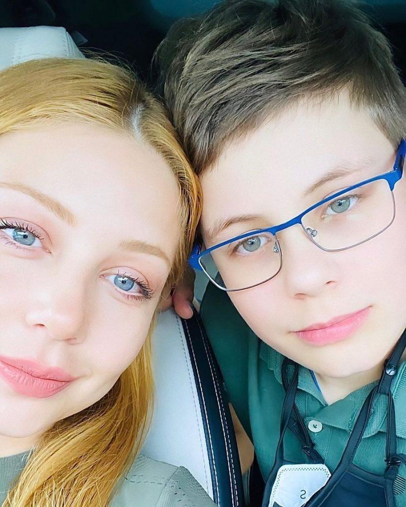 Зіркова франківка Тіна Кароль замилувала мережу рідкісним фото з сином