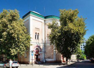 У Франківську взялись за реставрацію 120-річної синагоги ВІДЕО