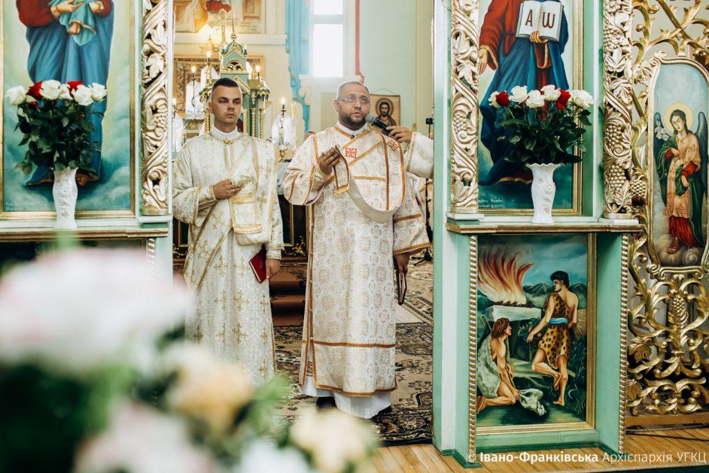 Сім випускників Івано-Франківської семінарії стали священниками ФОТО