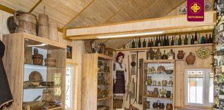 У Карпатах працює унікальний музей із експонатами, що ілюструють життя гуцулів ВІДЕО